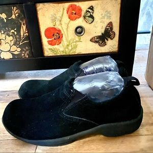 ROUTE66 CLOGS SLIP-ON BLACK SUEDE WALKERS HIKER 8
